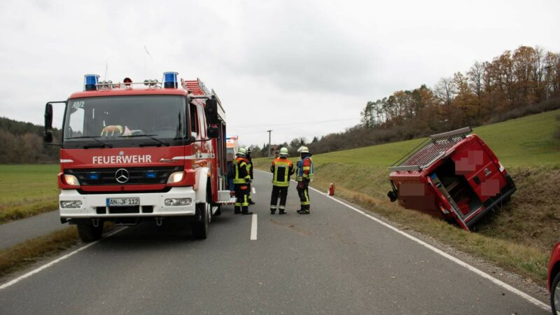 20.11.2020 Verkehrsunfall mit eingeklemmter Person