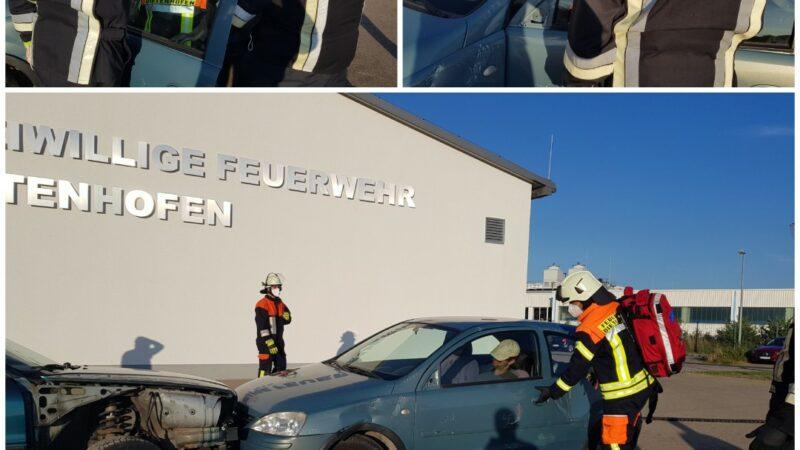 Übung: Erste Hilfe nach Verkehrsunfall